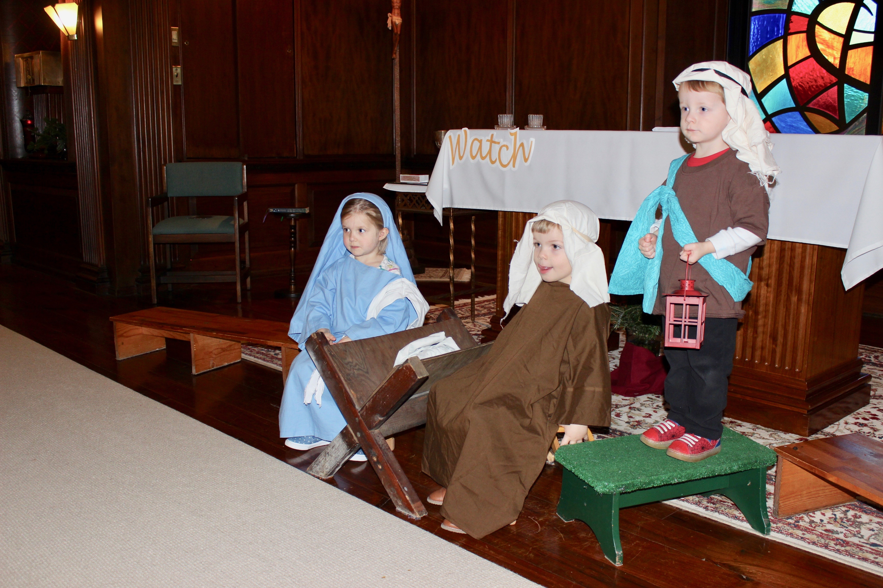 Young children in costume in a nativity scene